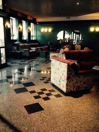 Hotel Plaza : Reception