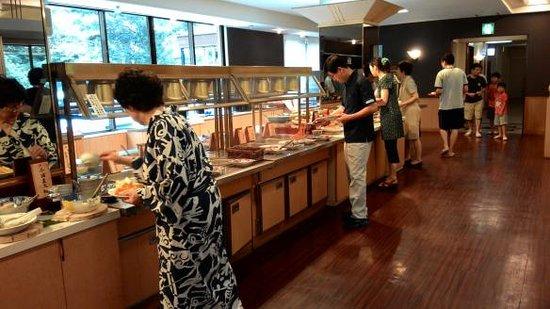 Tsuetate Onsen Hizenya: อาหารเช้า บุฟเฟ่ต์