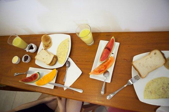 Drift BnB Colombo: Frühstück