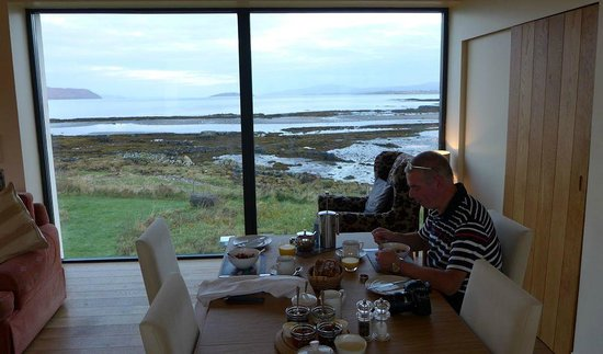 Tigh an Dochais: Breakfast with a View