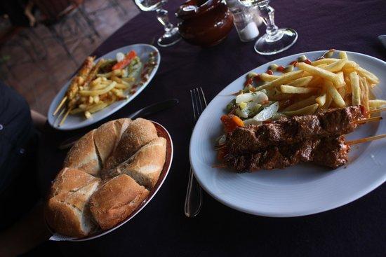Restaurant 3Thes: Brochettes