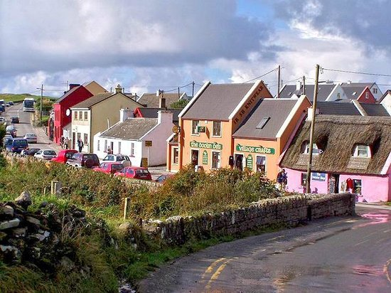 Imperial Hotel: Doolin Village