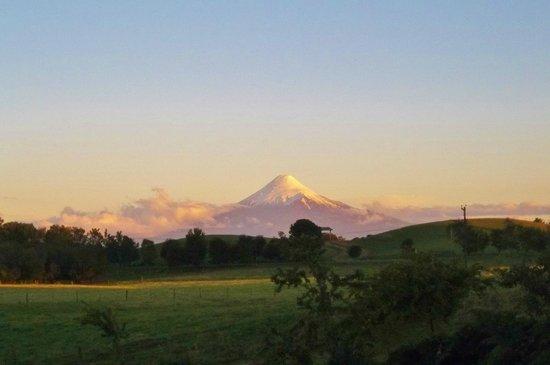 Zapato Amarillo B&B: Vista hacia volcan Osorno desde Zapato Amarillo