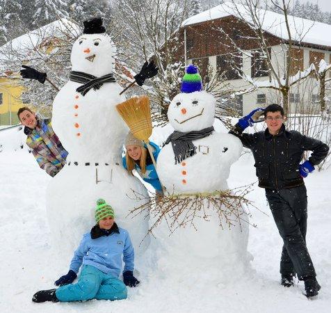Ferien am Talhof: Schneefamilie :-)