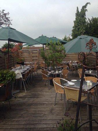 Cafe Max: Garden terrace