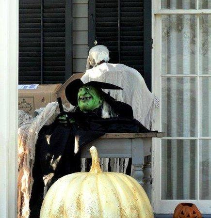East End Historic District: скоро Хэллоуин