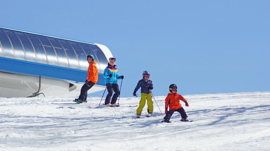 Shawnee on Delaware, PA: Shawnee Mountain is the Poconos' favorite beginner and family ski resort