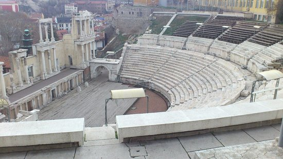 Plovdiv Roman Theatre: Nice view from the top.