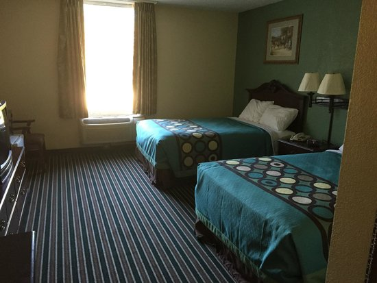 Super 8 Kings Mountain: Rooms