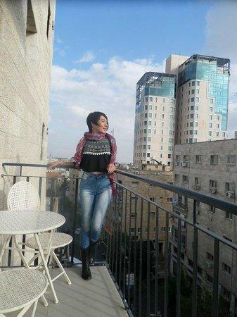 Hillel 11: вид с балкона