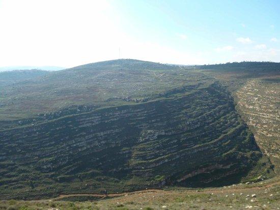 West Bank, ดินแดนปาเลสไตน์: Mountains nearby