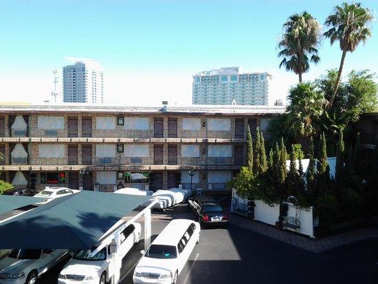 Super 8 Las Vegas North Strip /Fremont Street Area: Vista desde la habitación