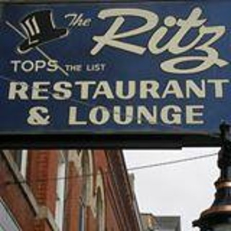 Ritz Restaurant: 232 1st ave e
