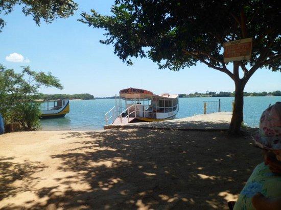 Ilha do Rodeador : Barco pra ilha
