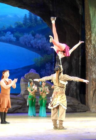Dunhuang Theater: Tanztheater