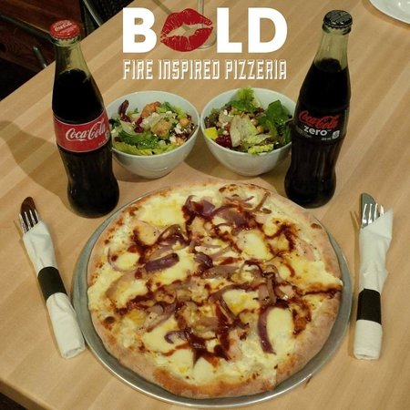 Bold Pizzeria Italian Restaurant 196 945 Columbia St W