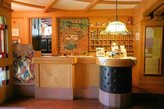 Hotel Al Lago: hall