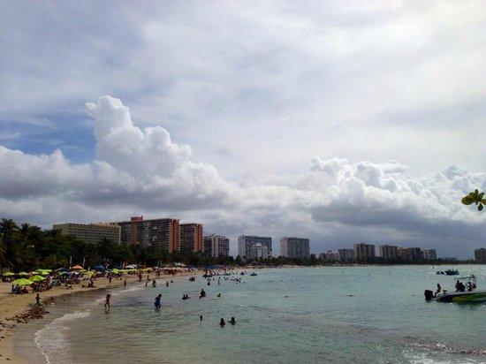 La Playita: public beach next to hotel