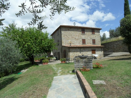 Castiglion Fiorentino, İtalya: The old house which now contains 4 apartmens