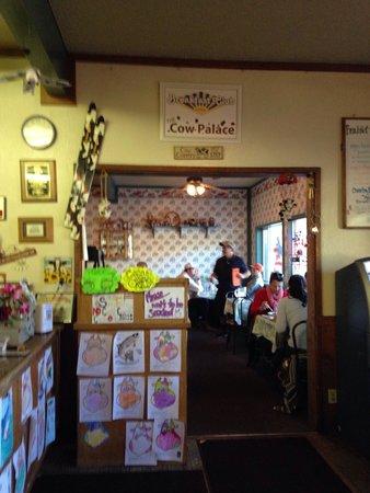 Breakfast Club : The reception booth.