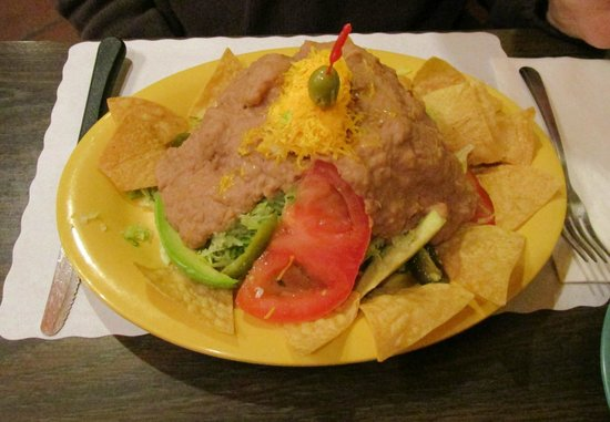 Lerua's Fine Mexican Food: Bean Topopo Salad