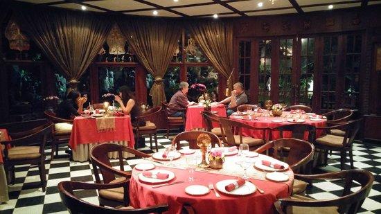 Oasis Restaurant : Salão de jantar