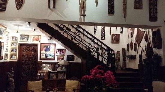 Oasis Restaurant : Escada