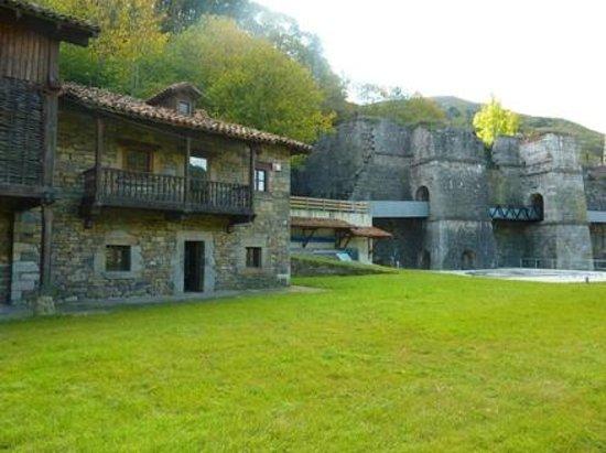 Barzana, Spanien: museo quiros