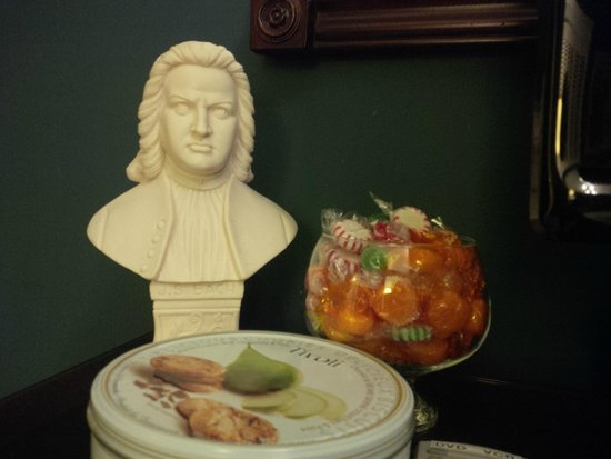 Ridley Gate Manor : The Bach themed room