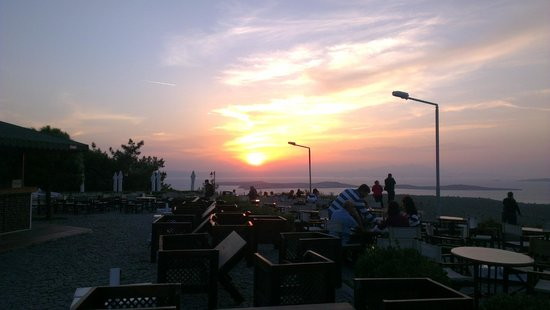 Провинция Балыкесир, Турция: Закат на горе Шайтан Софрасы Cunda