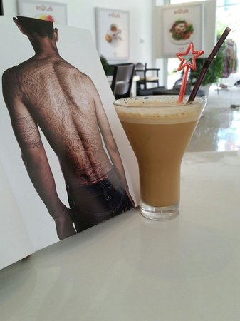 Art Caffe: Great art and even nicer coffee