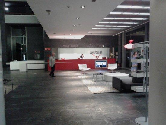 Duschbadewanne - Picture of ILUNION Atrium, Madrid - TripAdvisor