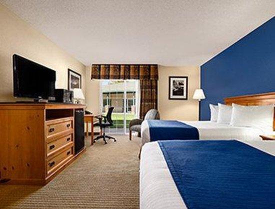Ramada at Spokane Airport: 2 Double Bed Room