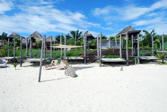 Suenos Tulum: Beach Beds