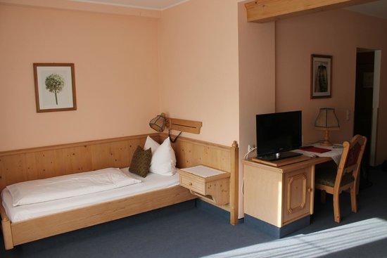 Plainbrücke Hotel: 3-rd bed