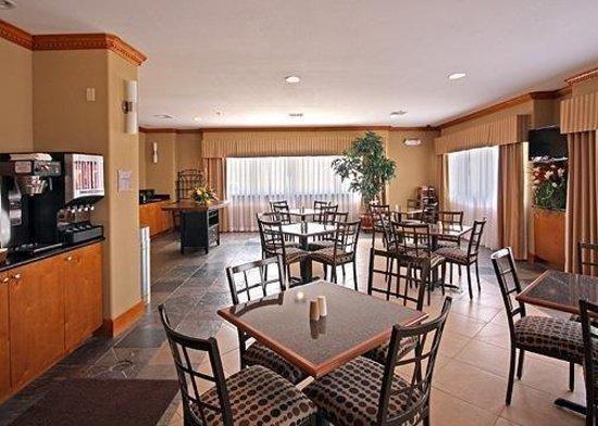Comfort Suites: Restaurant