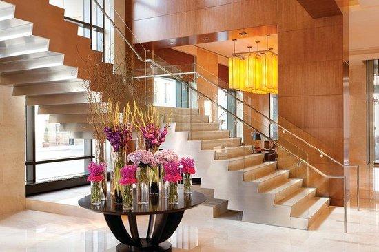 Four Seasons Hotel Denver : DENLobby