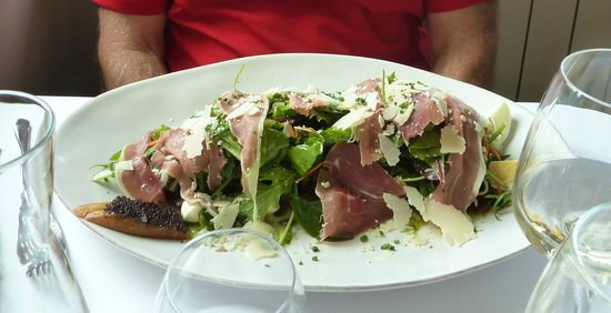 Cafe Veranda : Italian salad