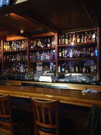 Los Domingos Mexican Restaurant : Cozy bar and friendly staff!