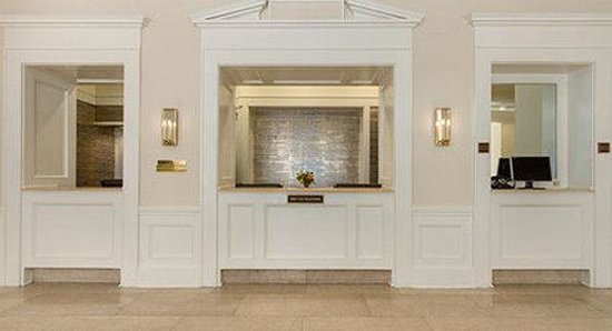 The Mills House Wyndham Grand Hotel: Front Desk