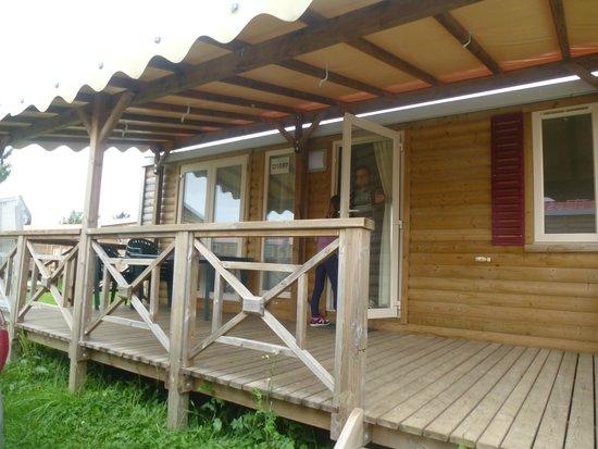 Captivating Camping Lu0027Hirondelle: Bungalow Sunshine