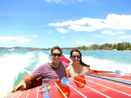 Noosa Dreamboats Classic Boat Cruises : Superb Experience!