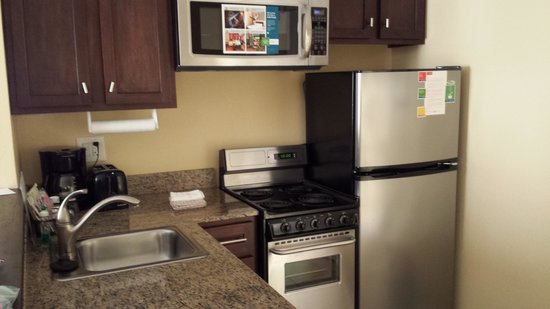 TownePlace Suites by Marriott Columbia SE/Fort Jackson : kitchenette
