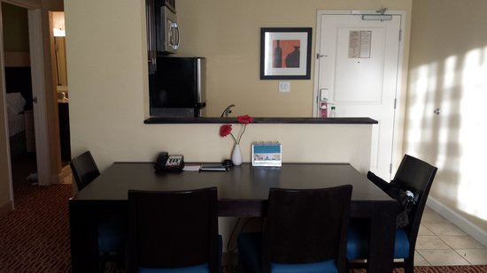TownePlace Suites by Marriott Columbia SE/Fort Jackson : dining area