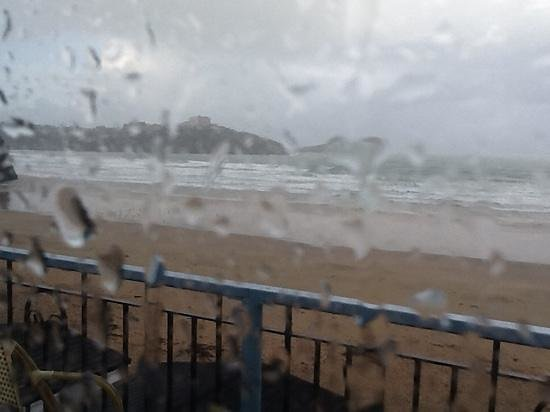 Tolcarne Beach Apartments: this did not put us off