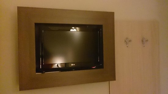 Hotel Milazzo : Televisore