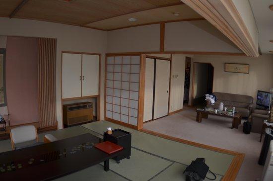 Ichinomatu: 和室 洋室 寝室の三間続きの特別室