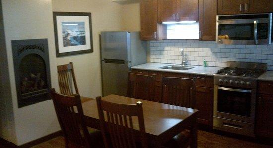 Big Sur Lodge: Kitchenette Rooms