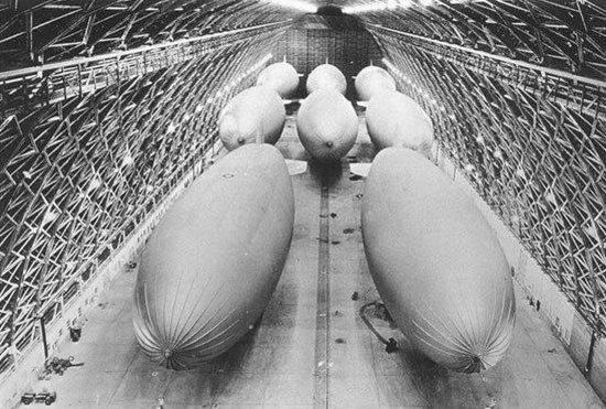 Тилламук, Орегон: Blimps inside Tillamook's Hangar B