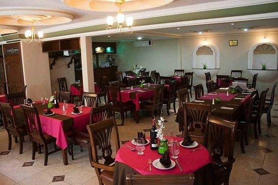 "Hotel Casino Plaza: Restaurante & Bar ""Los Alcatraces"""